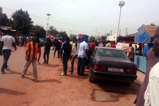 Ouagadougou: Chaude matinée à Pissy suite à une tentative de braquage avortée d'un bureau de transfert, des policiers lapidés, des tirs de sommation