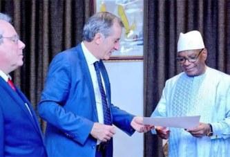 Rencontre Macron et Présidents du G5 Sahel: Kaboré et IBK reçoivent officiellement leur « convocation »