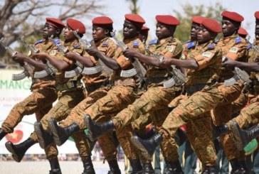 Burkina Faso: une vingtaine de terroristes neutralisés à Sebba et 8 militaires tombés selon un communiqué de l'armée