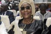 Lutte contre le coronavirus: L'opératrice économique Mamou Doukouré offre 100 millions au comité régional
