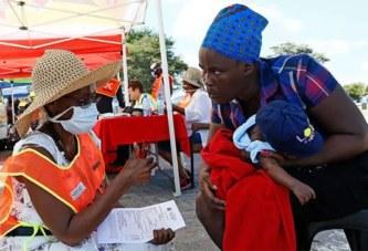 Tester des vaccins en Afrique ? Tollé et excuses après une interview polémique