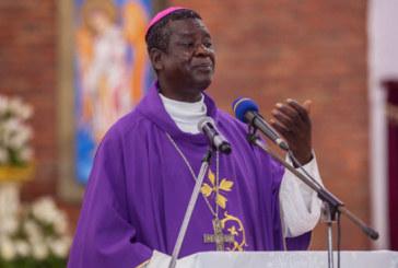 Coronavirus : Mgr Kleda, cet archevêque camerounais qui propose des plantes