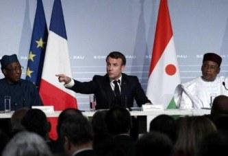 Macron maintient son armée en Afrique, les français en colère : ''ça suffit la mascarade»