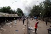 Bamako sous le choc au lendemain d'attaques contre les symboles du pouvoir