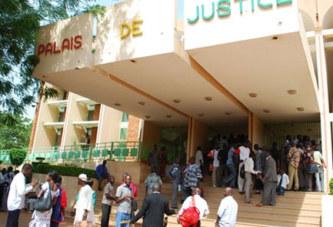 Justice: un avocat radié et deux autres suspendus