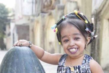 Je suis Jyoti Amge, 21 ans, 62,8cm et 5kg: La femme la plus petite du monde, et alors ?