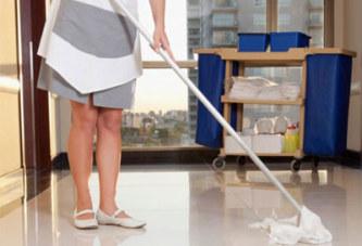 Dans un musée, une femme de ménage jette deux œuvres d'art en pensant qu'il s'agit d'ordures !
