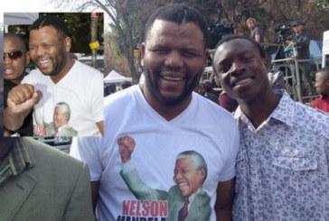 Afrique du Sud : Mandela disparu, son sosie Ayanda Mbatyothi apparait