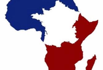 MORT PROCLAMEE DE LA FRANÇAFRIQUE:     Arrêtez de nous pomper l'air !