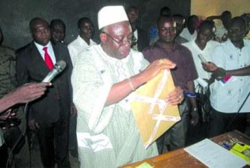 BEPC 2013 au Burkina Faso: « Que Dieu accompagne vos stylos », prière de Moussa Ouattara