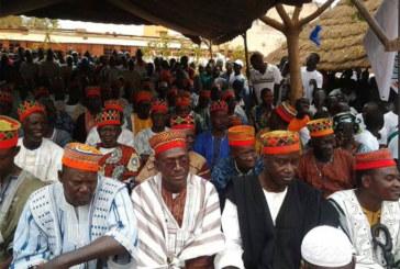 Mouvement du peuple pour le progrès:   Des « bonnets rouges » adhèrent