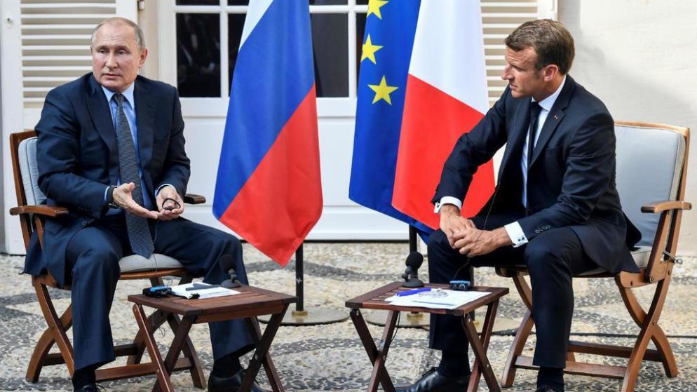 À Brégançon, Emmanuel Macron appelle Vladimir Poutine au respect de la liberté de manifester en Russie