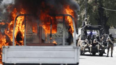 Photo of Les funérailles des personnes tuées dans les récentes manifestations se transforment en affrontements entre policiers.