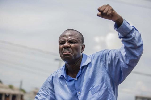 Ayiti-Aktyalite : Moïse Jean Charles mande tout opozisyon an fè yon sèl pou voye prezidan Jovenel Moïse ale 7 fevriye 2021