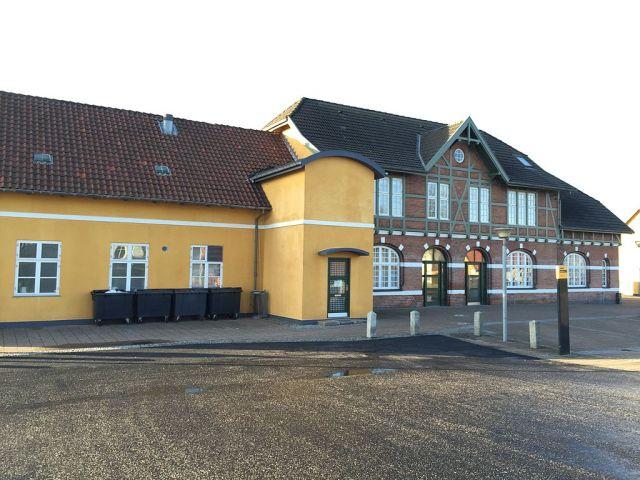 Frederiksværk Station. Foto: Knak (CC BY-SA 4.0)