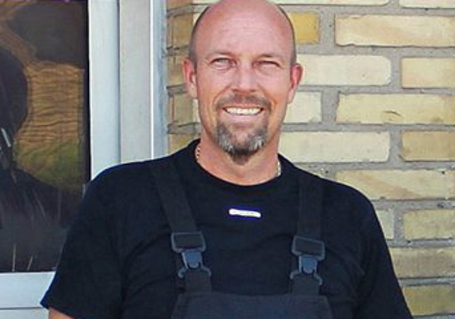 Den 46-årige indehaver af Dækcentralen i Slangerup, døde søndag morgen af sine kvæstelser. Privatfoto.