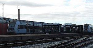 Den 28-årig onanist blev anholdt da toget ankom til Holbæk Station. Arkivfoto: Rolf Larsen.