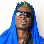 Shatta Wale replies Delay with a 'sacarstic' new look