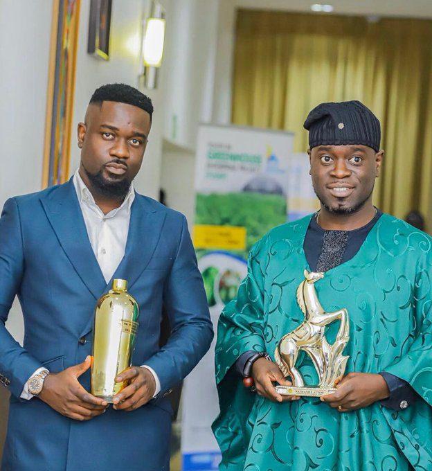 DR UN award