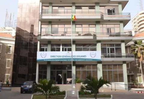 Douane :  Prélèvement de 3% sur les importations et recrutement de 2 000 agents