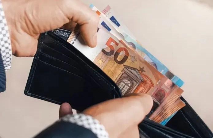 🇫🇷 50 à 150 euros de salaire net en plus grâce à la réduction de la cotisation spéciale