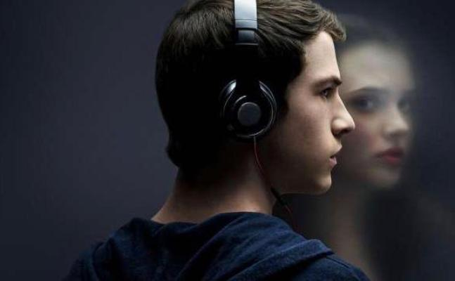 13 Reasons Why netflix series to watch with your girlfriend