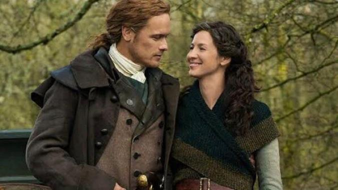 Outlander series on netflix to watch with your girlfriend