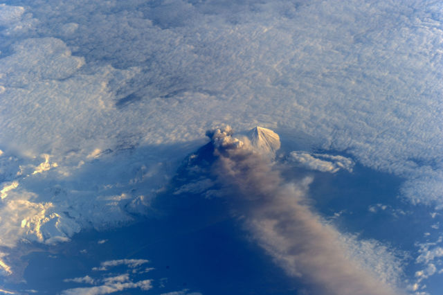 amazing_photos_of_earth_taken_from_outer_space_640_23