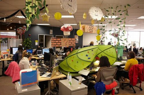 inside_facebook_offices_08