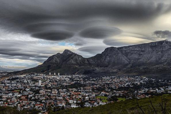 1115unusual_cloud_africa9