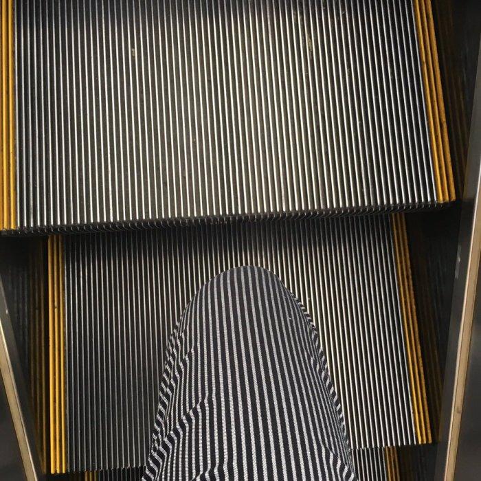 escalator-sneaker-2