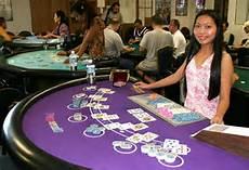 blackjack-dealer-2