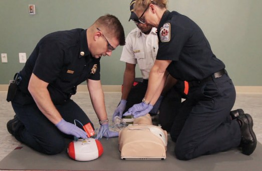 red cross ke course BLS training