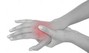 Принципы лечения ушибов кисти после падения или удара