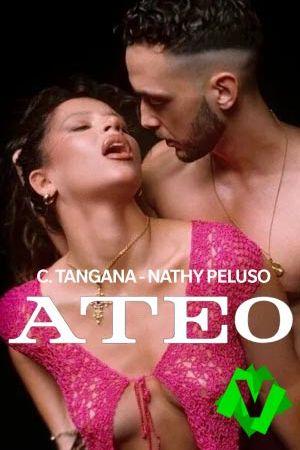 NATHY PELUSO Y C. TANGANA bailando en actitud provocativa