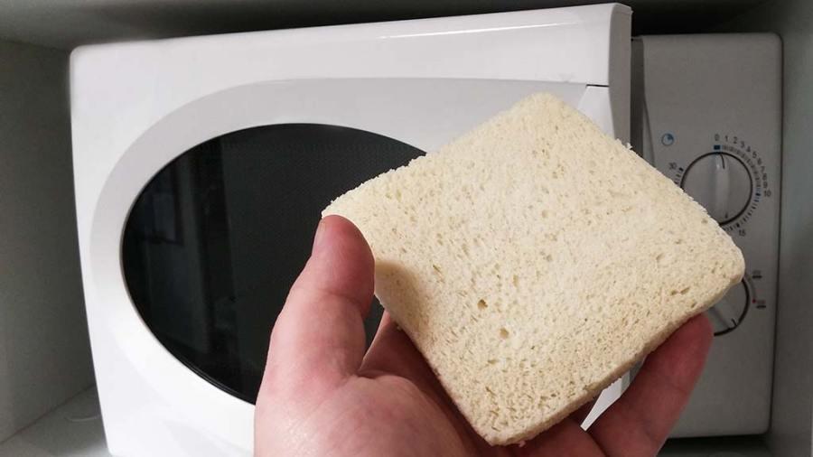 passer le pain de mie au micro onde pour un eschage facile et une bonne tenue à l'hameçon