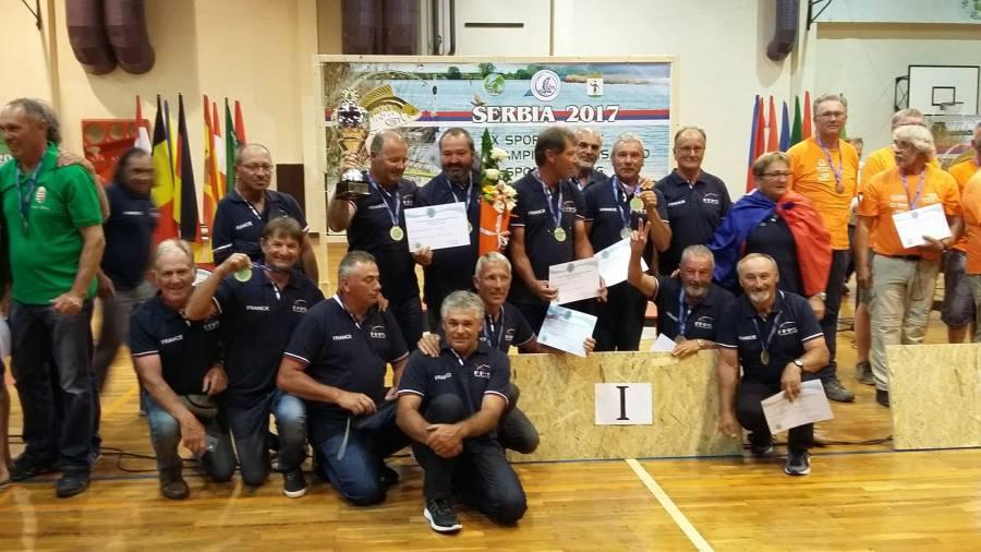 podium France Hongrie Hollande lors du championnat du monde vétéran 2017 de pêche au coup en Serbie
