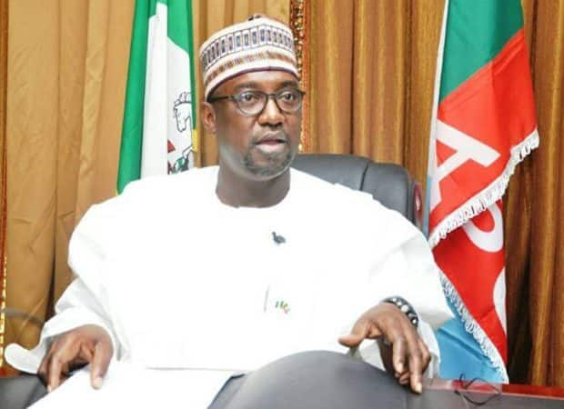 Gov. Abubakar Bello of Niger has directed the cancellation of all festivities during the forthcoming Eid-el-Kabir celebrations in the state. This is contained in a statement issued by the Secretary to the State Government (SSG) and Chairman, Niger State Task Force on COVID-19 Pandemic, Ahmed  Matane on Friday in Minna. Abubakar, however, granted permission for […]