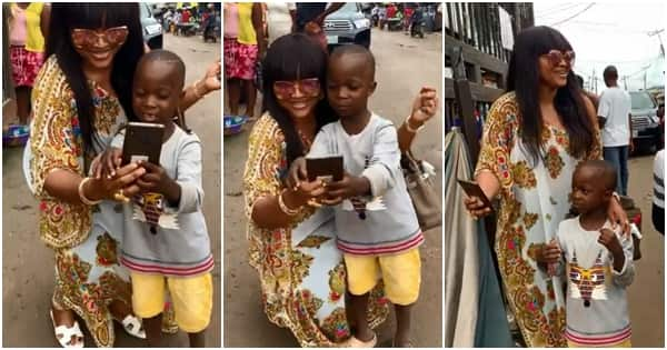 Mercy Aigbe indulges young fan who wanted a photo with her (video)