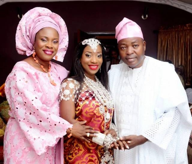 Yoruba traditional wedding outfit