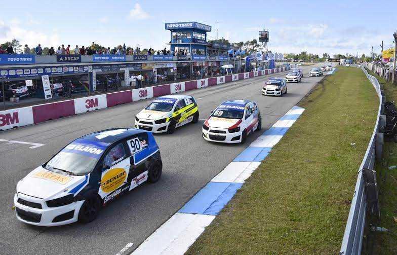 Sonic Racing Cup larga la tercera fecha de su edición 2016 en el Autódromo de El Pinar
