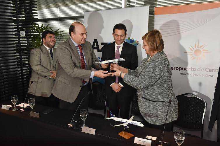 Azul Líneas Aéreas comenzó a unir Montevideo y Porto Alegre