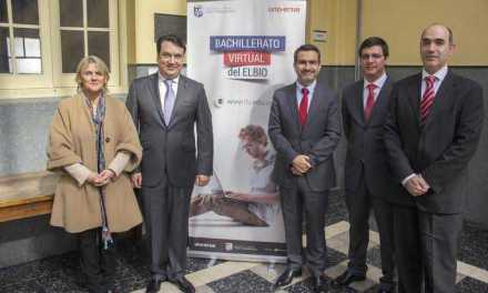 Santander financiará bachilleratos acelerados virtuales del colegio Elbio Fernández