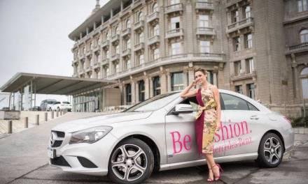 La diseñadora brasilera Patricia Bonaldi recorrió la ciudad en un Mercedes-Benz