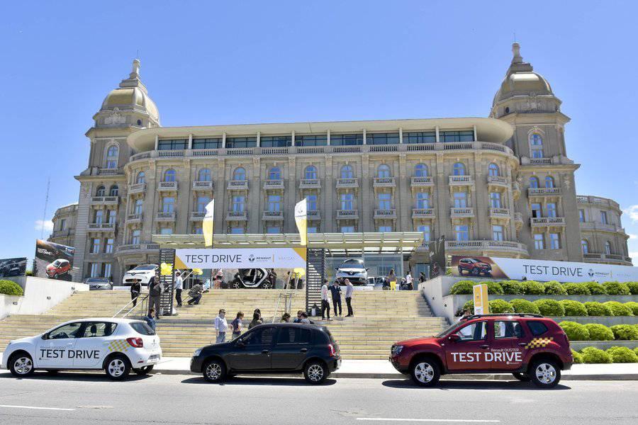Renault invitó a probar los modelos de la marca en un exclusivo test drive