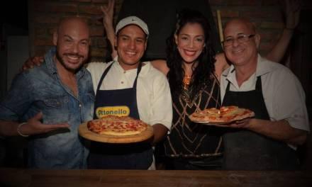Con la presencia de Eunice Castro se inauguró Vuffet Buffet