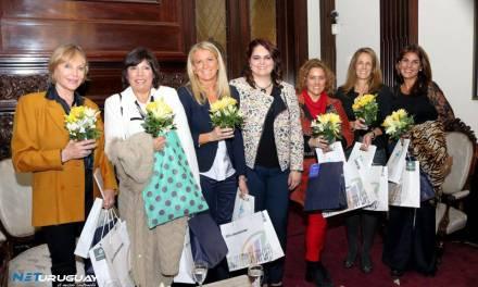 Mujeres a Contracorriente pisó la Embajada Argentina con destacadas panelistas