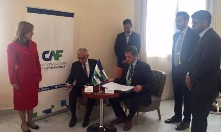 CAF es el primer banco de desarrollo multilateral en firmar un Acuerdo Marco de Acreditación con el Fondo Verde para el Clima