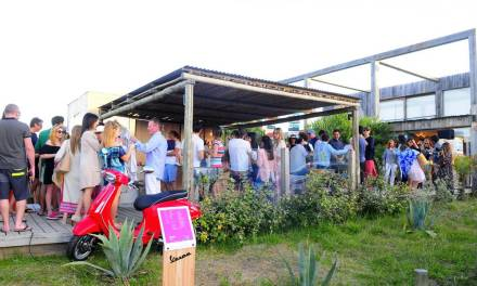 Magma y Vespa inauguraron la temporada de verano con un nuevo local en José Ignacio