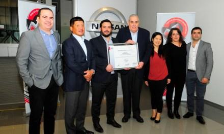 Concesionaria West Cars recibió certificación oficial en calidad de parte de Nissan